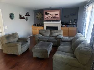 FREE 4pc Sofa Set. for Sale in Lynnwood, WA