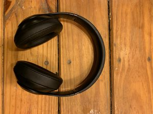 Beats studio3 $100 for Sale in Cranberry Township, PA