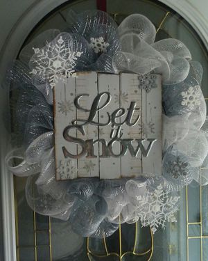 Handmade Let it Snow Christmas Wreath for Sale in St. Louis, MO