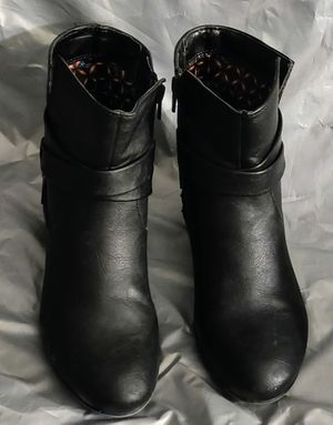"""Boot-White Mountain Women's Block Heel """"Buddy"""" Ankle Boot Black 8.5 M for Sale in TN OF TONA, NY"""