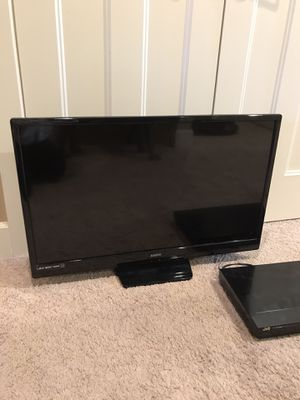 "40"" Sanyo tv and DVD player for Sale in Beaverton, OR"