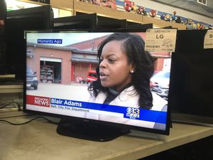 """40"""" LG LED HDTV for Sale in Baltimore, MD"""