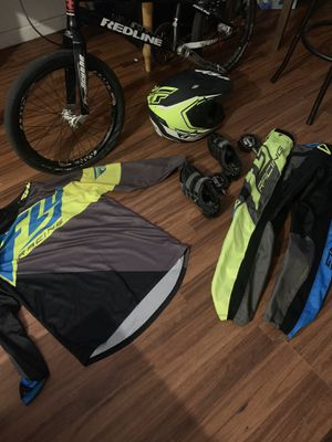BMX bundle deal! Redline Flight Pro XL like new ,Dx shimano pedals, Fly Racing shoes ,shirt and pants / everything is pretty much new I barely used t for Sale in North Miami Beach, FL