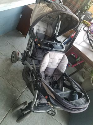 Sit and stand double stroller for Sale in Los Angeles, CA