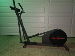 Proform elliptical trainer 485e for Sale in Bexley, OH