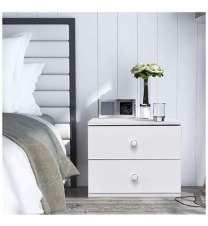 2 Nightstands Contemporary for Sale in New York, NY