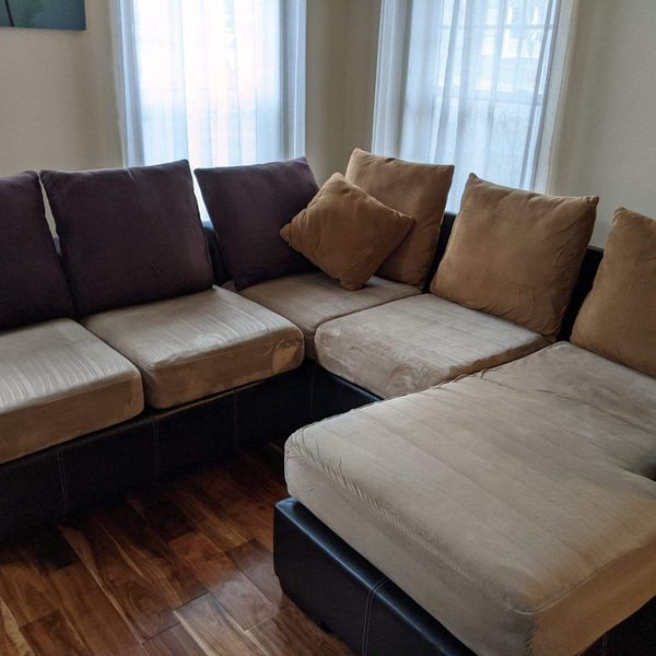 Awesome Couch/Sectional
