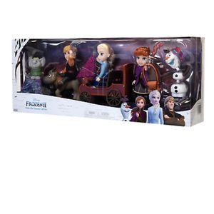 Disney Frozen 2 Petite Dolls Gift Set for Sale in Union City, CA