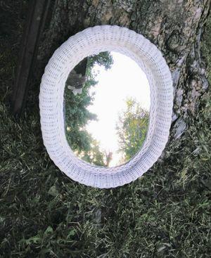 !! Personal Size Wall Mirror for Sale in San Fernando, CA