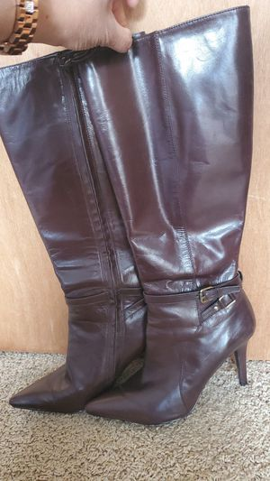 802125123 Leather Upper high heels boot 8/1-2 for Sale in Arlington, WA