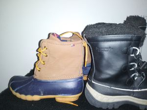 Size 3 (both pair)winter boots Brown pair Tommy H. Bear Paw(Black) for Sale in Groveport, OH