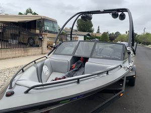 Cheyenne ski boat for Sale in Los Angeles, CA