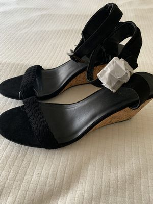New heels size 8 for Sale in Los Angeles, CA
