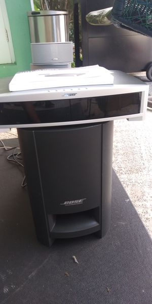 Complete Bose 321 Series III Surround Sound Entertainment System for Sale in North Palm Beach, FL