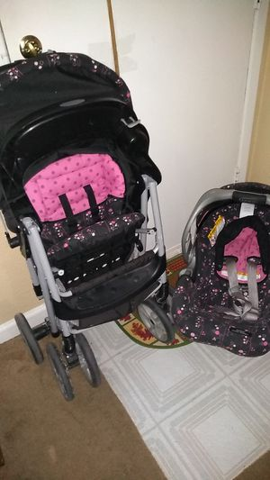 Graco stroller and car seat set for Sale in Houston, TX