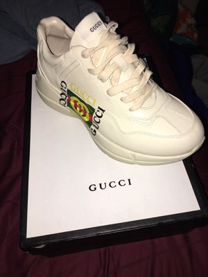 Gucci sneakers for Sale in Niagara Falls, NY