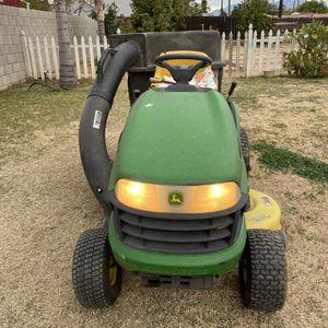 John Deere 102 Riding Lawn Mower Tractor for Sale in Riverside, CA