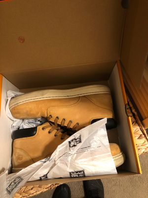 Steel toe boots for Sale in Fairfield, CA