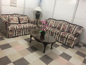 Beautiful floral couches for Sale in North Las Vegas, NV