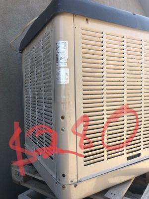 Cooler for Sale in Phoenix, AZ