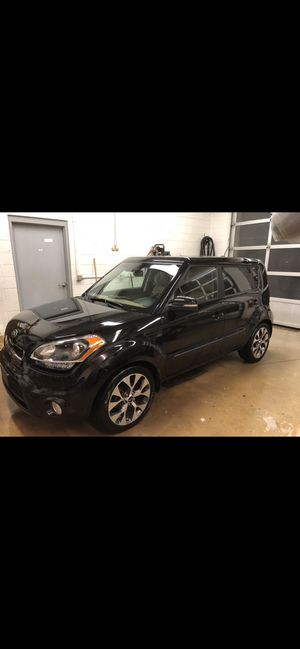 Kia Soul ! (Exclaim) sport 2013 for Sale in Las Vegas, NV