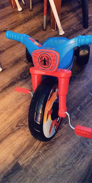 Spider man toddler bike for Sale in Fresno, CA