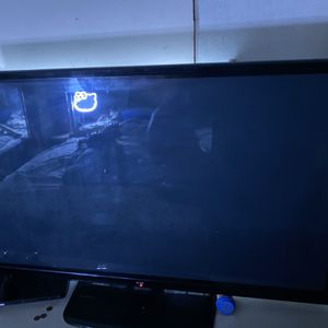 55 Inch TV for Sale in St. Cloud, FL
