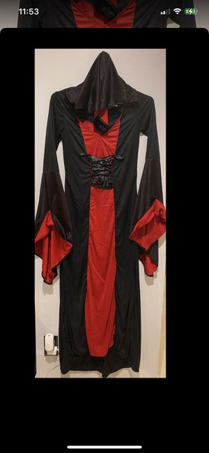 Vampire costume XL for Sale in Miramar, FL