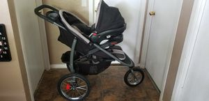 Graco Click Connect Jogger & Car Seat with base for Sale in Florence, TX