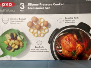 Oxo 3 piece silicone pressure cooker accessories set for Sale in North Bergen, NJ