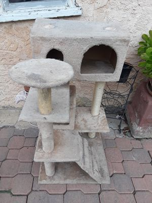 Cat tree/condo/house for Sale in Hazard, CA