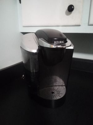 Keurig coffee maker for Sale in White Bluff, TN