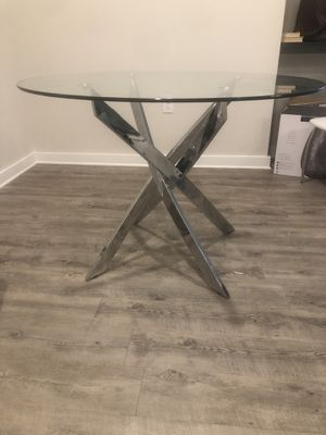 Dining table for Sale in Charlotte, NC