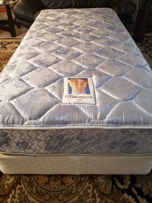 Twin Bed Mattress set box spring bed frame for Sale in Lynnwood, WA