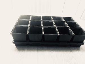 Nursery pot set, 15 pots 4.5 square , deep +1 carrying tray for Sale in Aspen Hill, MD