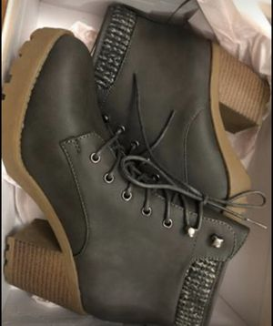 Sweater Cuff Lace-Up Bootie / Size: 7 / Charcoal for Sale in Stamford, CT