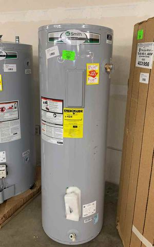 50 gallon AO Smith water heater with warranty JZ77 for Sale in Canutillo, TX