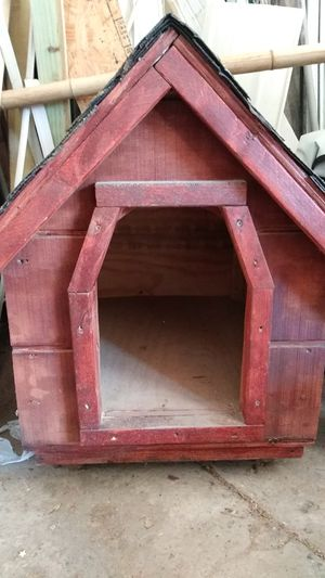 Red dog house for sell for Sale in Philadelphia, PA