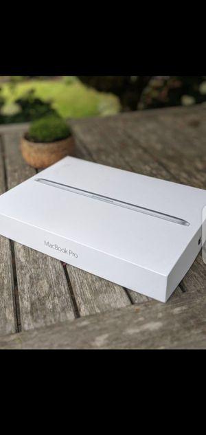 Macbook for Sale in Manassas, LU