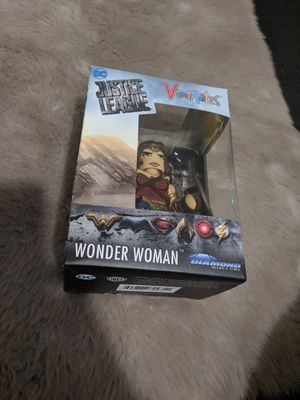 Collectible Wonder woman figure for Sale in Hemet, CA