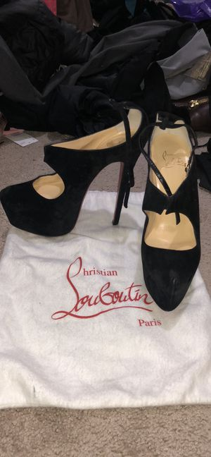Authentic Christian Louboutin suede Platform heels shoes size EU 37 or US 6 1/2 for Sale in Kirkland, WA