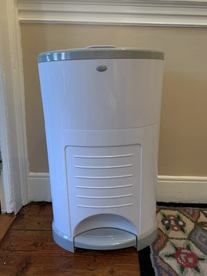 Dekor Diaper pail for Sale in Philadelphia, PA