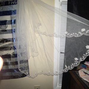 Bridal Veil for Sale in Buffalo, NY
