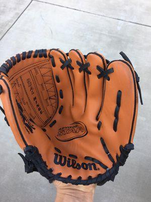 Lefty Baseball Glove for Sale in Lodi, CA