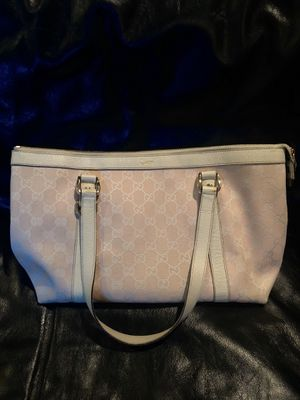 Authentic Gucci handbag for Sale in Greenwood, IN