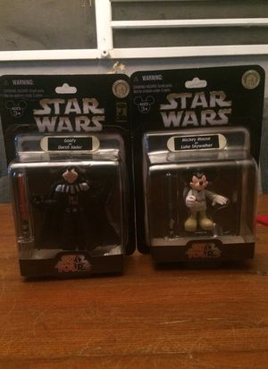 Star Wars Star Tours Disney Mickey Mouse as Luke Skywalker and Goofy as Darth Vader action figure lot for Sale in Puyallup, WA