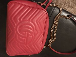 Authentic Gucci shoulder bag for Sale in Dallas, TX