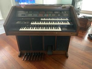 Yamaha electric organ for Sale in Clearwater, FL