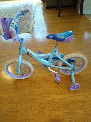 14 inch frozen bike by huffy for girls for Sale in Morrisville, NC
