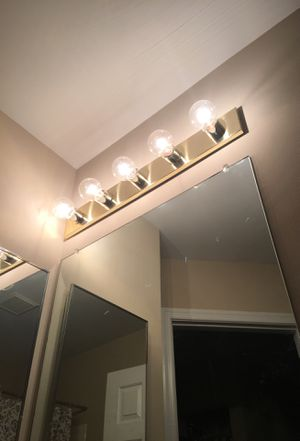 Bathroom Light Fixtures (2) for Sale in Baltimore, MD